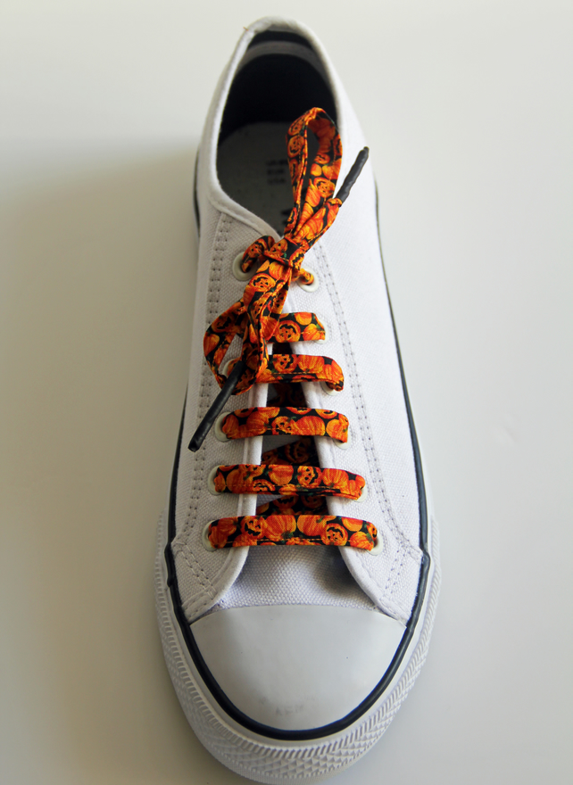 Cheeky Pumpkin Patterned Cotton Shoelaces. Perfect for Halloween
