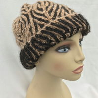 Hand Spun Alpaca Hat in Black and Caramel
