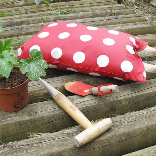 Red and White Spotty Garden Kneeler