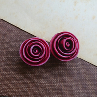 Large Rose Bead in Berry