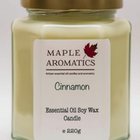 Maple Aromatics Cinnamon Essential Oil and Soy Wax Vegan 220g Candle