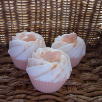 PASSION FRUIT - CUP CAKE SOAPS - 054