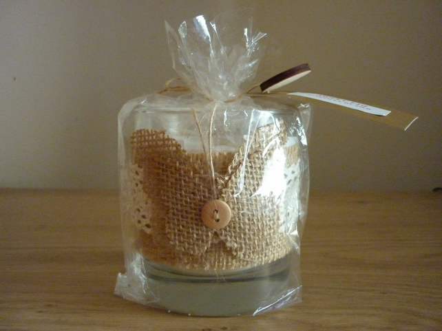 SWEET FIG - NATURAL SOY SCENTED HANDMADE CANDLE - LARGE GLASS JAR - 063