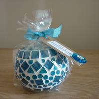 BLACK POMEGRANATE - HANDMADE SOY CANDLE - BLUE MOSAIC CANDLE HOLDER.