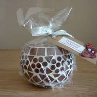 LUSCIOUS VANILLA - SOY CANDLE - PLUM MOSAIC CANDLE HOLDER.