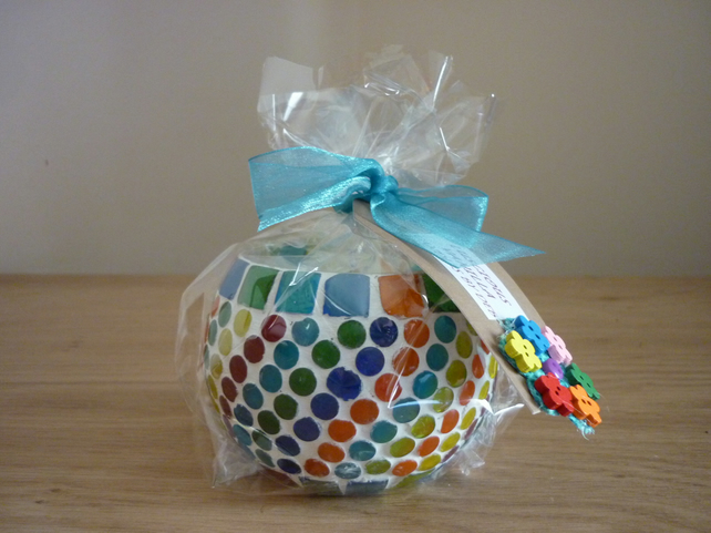 LUSCIOUS VANILLA - SOY CANDLE - MULTI COLOURED MOSAIC CANDLE HOLDER.