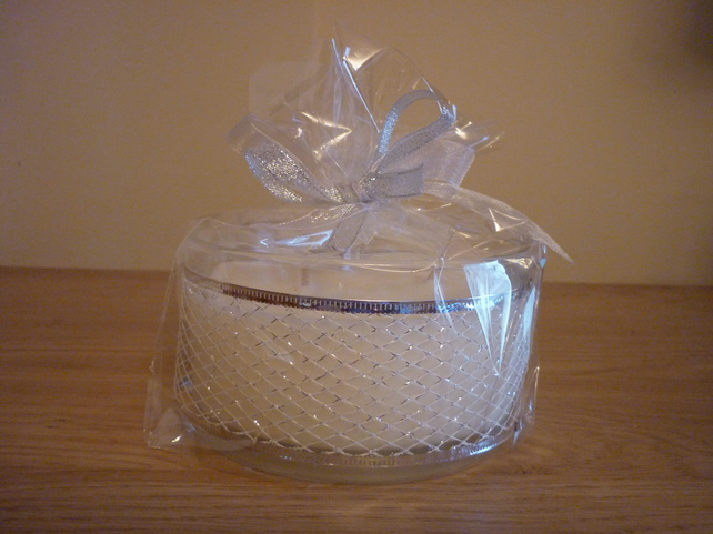 SWEET KISSES - SCENTED SOY CANDLE - THREE WICK BOWL.