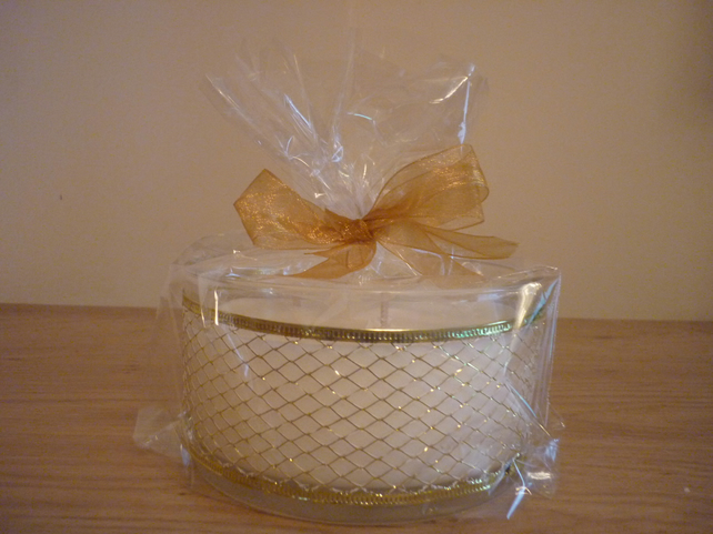 SWEET KISSES - THREE WICK GLASS BOWL - SOY CANDLE
