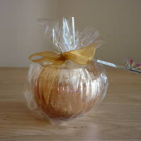 ORANGE & CHILLI - SOY CANDLE - LIGHT COPPER RIBBED GLASS CANDLE HOLDER.