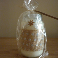 BLUEBERRY & VANILLA - SOY CANDLE - HESSIAN WITH SILVER SPOTS AND RIBBON