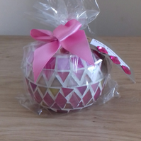 BLACK POMEGRANATE - SCENTED SOY CANDLE - SHADES OF PINK MOSAIC CANDLE HOLDER.