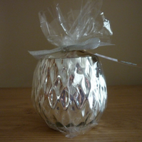 COCOA & PATCHOULI - SCENTED SOY CANDLE - SILVER DIAMOND PATTERN CANDLE HOLDER.