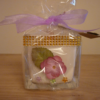 WHITE SPARKLE - SCENTED SOY CANDLE - FLORAL DECORATED GLASS CUBE SOY CANDLE.