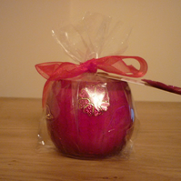 FAIRY DUST - SOY CANDLE - RED CRACKLE GLASS CONTAINER CANDLE WITH FLOWER.