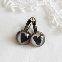 Vintage Style Black Love Heart Earrings
