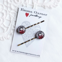 Russian Doll Hair Slides