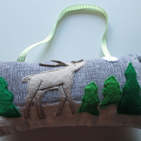 Reindeer Scene Hanging Decoration