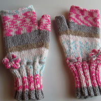 Fairisle Effect Fingerless Gloves (2)