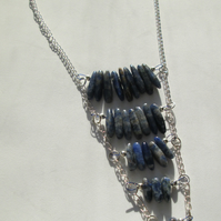 Sodalite nugget and chain necklace