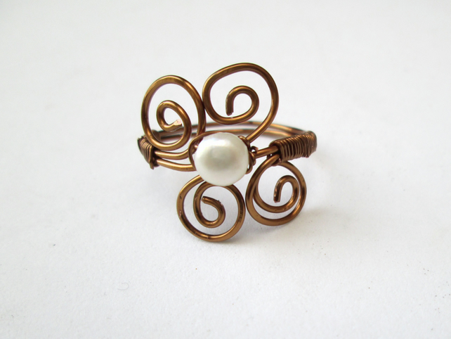 Pearl wire work ring