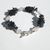 Iolite chip and rose Quartz bracelet