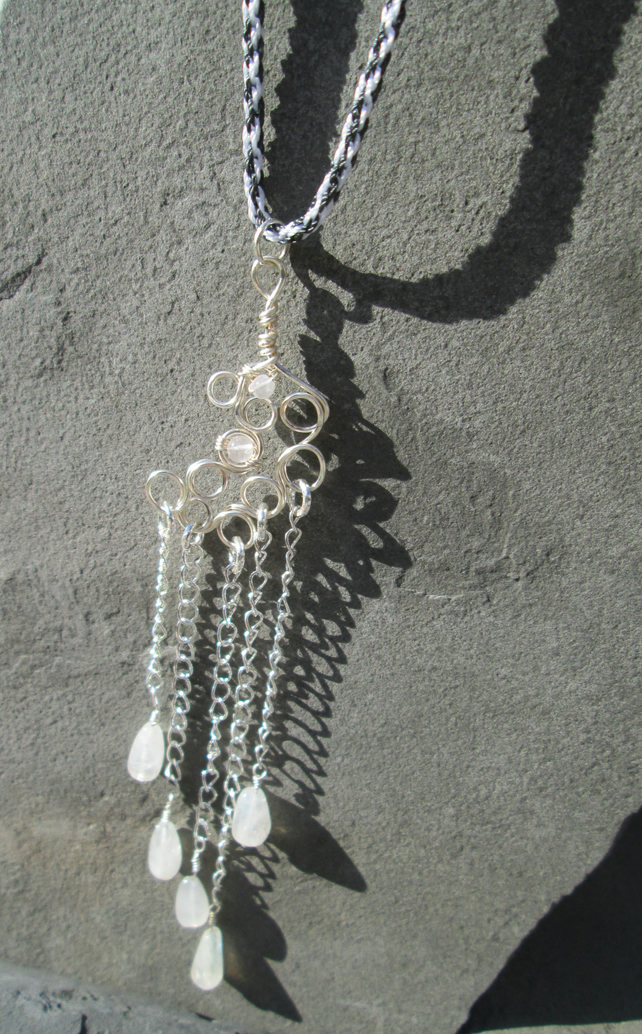 kumihimo necklace with wire and moonstone pendant