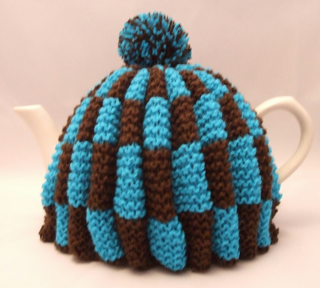 Handknitted Teacosy in Turquoise and Brown with Pompom