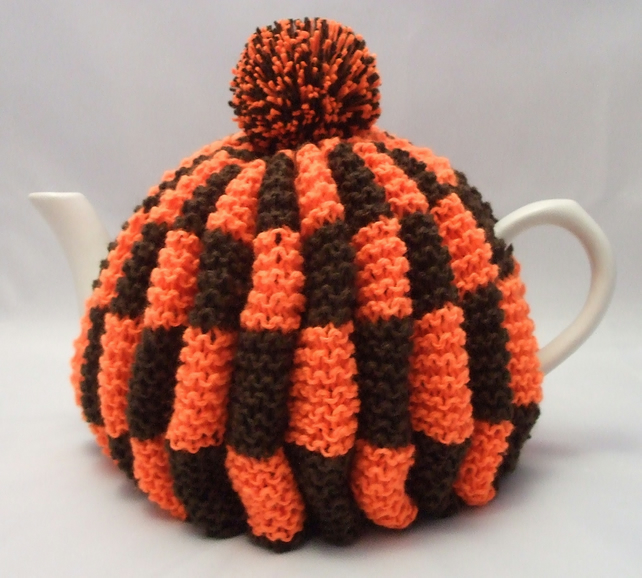 Handknitted Teacosy in Orange and Brown with Pompom