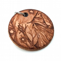 A Lovely Old Wizard, with Crystal Staff, Pyrography Keyring, Leather Disc