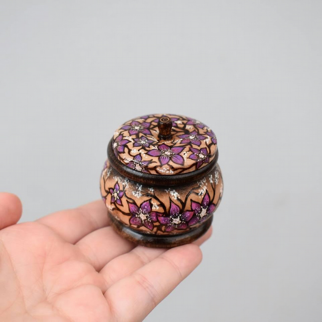 Purple flowers wooden pyrography trinket pot with place on lid. Wood gift.