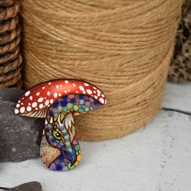 Pyrography dragon toadstool brooch. Hand burned shroom jewellery.