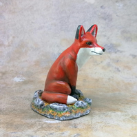 LC -  Fox Sitting - Collectable - Gift