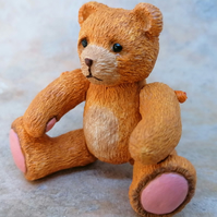 LC - Fine plaster Tearful Teddy Bear - Collectable - Gift