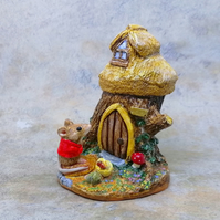 "LC - Mouse Figure ""Little Mousekin"" and Woodland tree house"