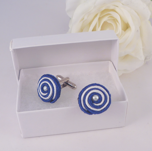 Cuff links blue and white soutache