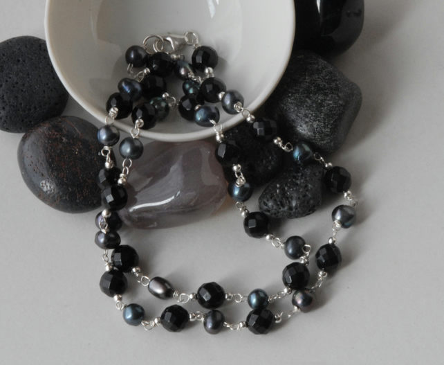 Grey Pearl and Black Onyx Silver Necklace