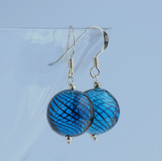 Round blown glass and silver earrings (mid and navy blue)