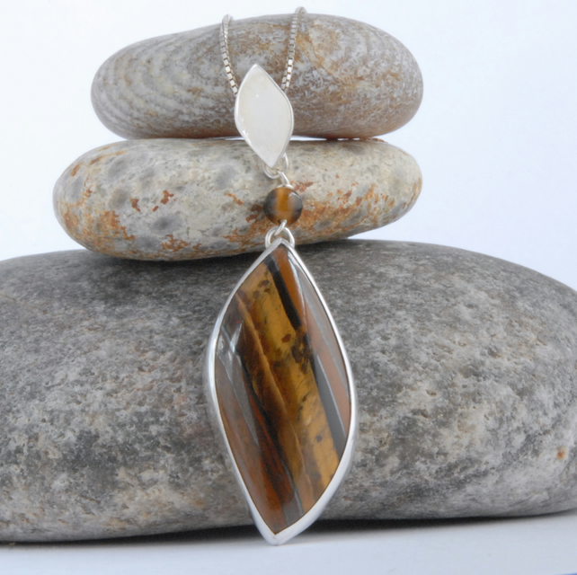 Sterling silver and Golden Tiger's Eye Pendant