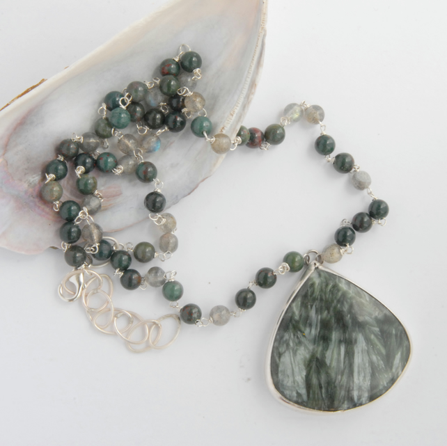 Seraphinite and bloodstone silver necklace