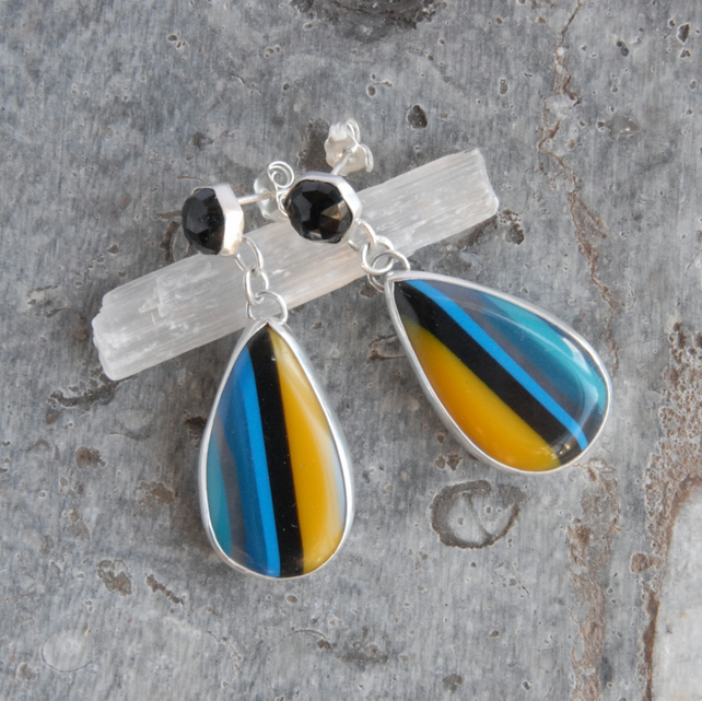 Onyx and surfite silver earrings