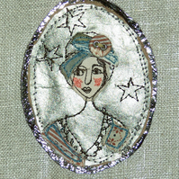 Beatrice on the beach brooch