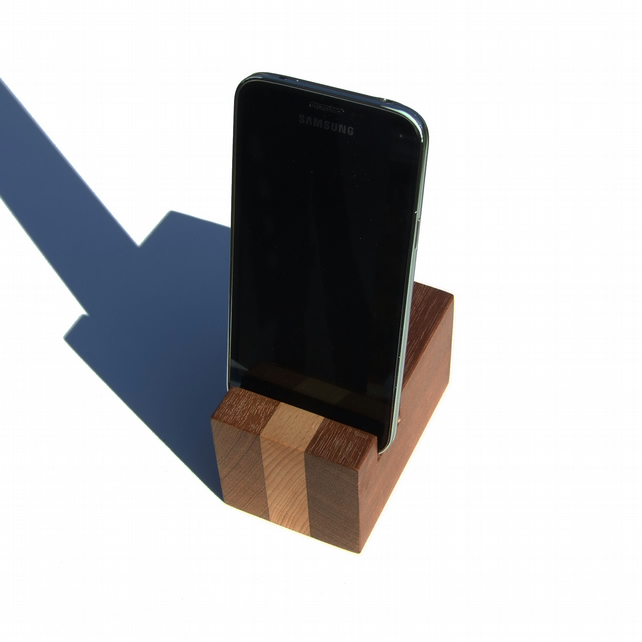 LAYERED collection Phone holder