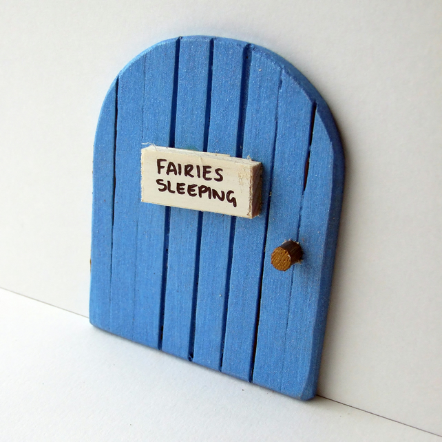 Blue sparkle fairy door