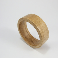 Oak wooden Bangle
