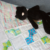 'Little Bows' Hand Made Nursery Quilt