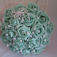 WEDDING BOUQUET BRIDES POSY ARTIFICIAL GREEN  ROSES VINTAGE BROOCH