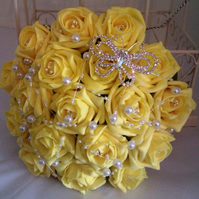 WEDDING BOUQUET BRIDES POSY ARTIFICIAL YELLOW  ROSES VINTAGE BROOCH