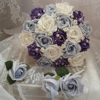 WEDDING FLOWERS BRIDES BOUQUET & MATCHING GROOM'S & BEST MAN'S BUTTONHOLE