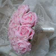 WEDDING BOUQUET BRIDES POSY ARTIFICIAL PINK  ROSES VINTAGE BROOCH