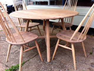 Marvelous 1960S Ercol Kitchen Dining Table With Four Chairs Download Free Architecture Designs Salvmadebymaigaardcom